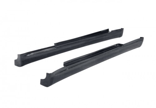 TS-style carbon fibre side skirts for 2003-2005 Infiniti G35 2DR